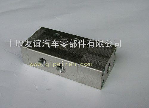 气控换向阀12js160t-1703052
