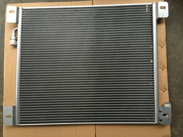 供应东风猛士eq2050空调冷凝器总成81c24a-05010